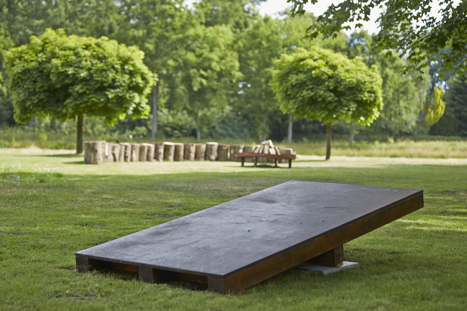 Tagungshotel Friesland: eines der Geräte für den Outdoor Parcours