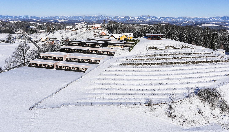 winterliche Außenansicht Seminarhotel Riegersburg: Genusshotel Riegersburg