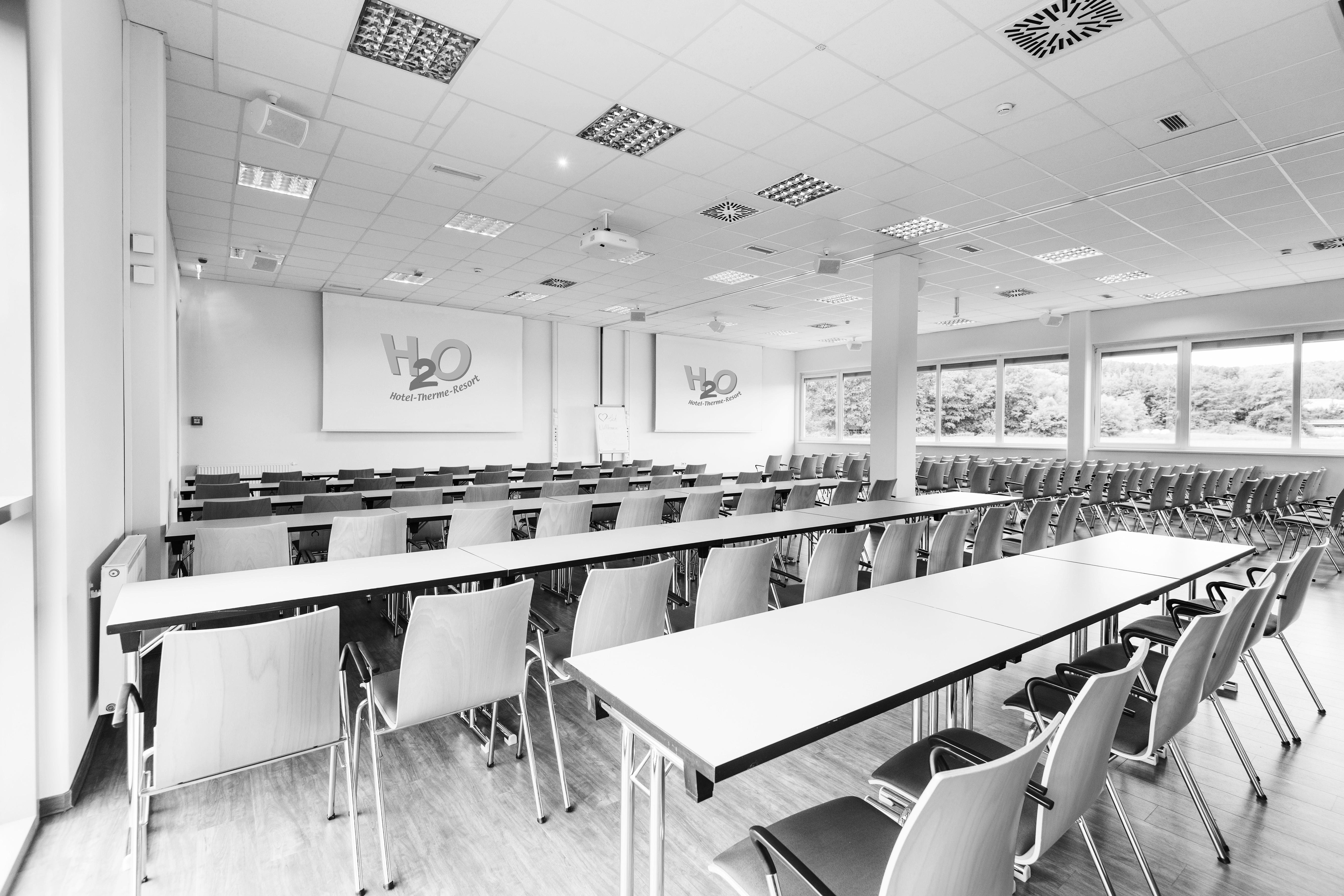 "Seminarraum im Seminarhotel Bad Waltersdorf ""H20 Business Hotel"""