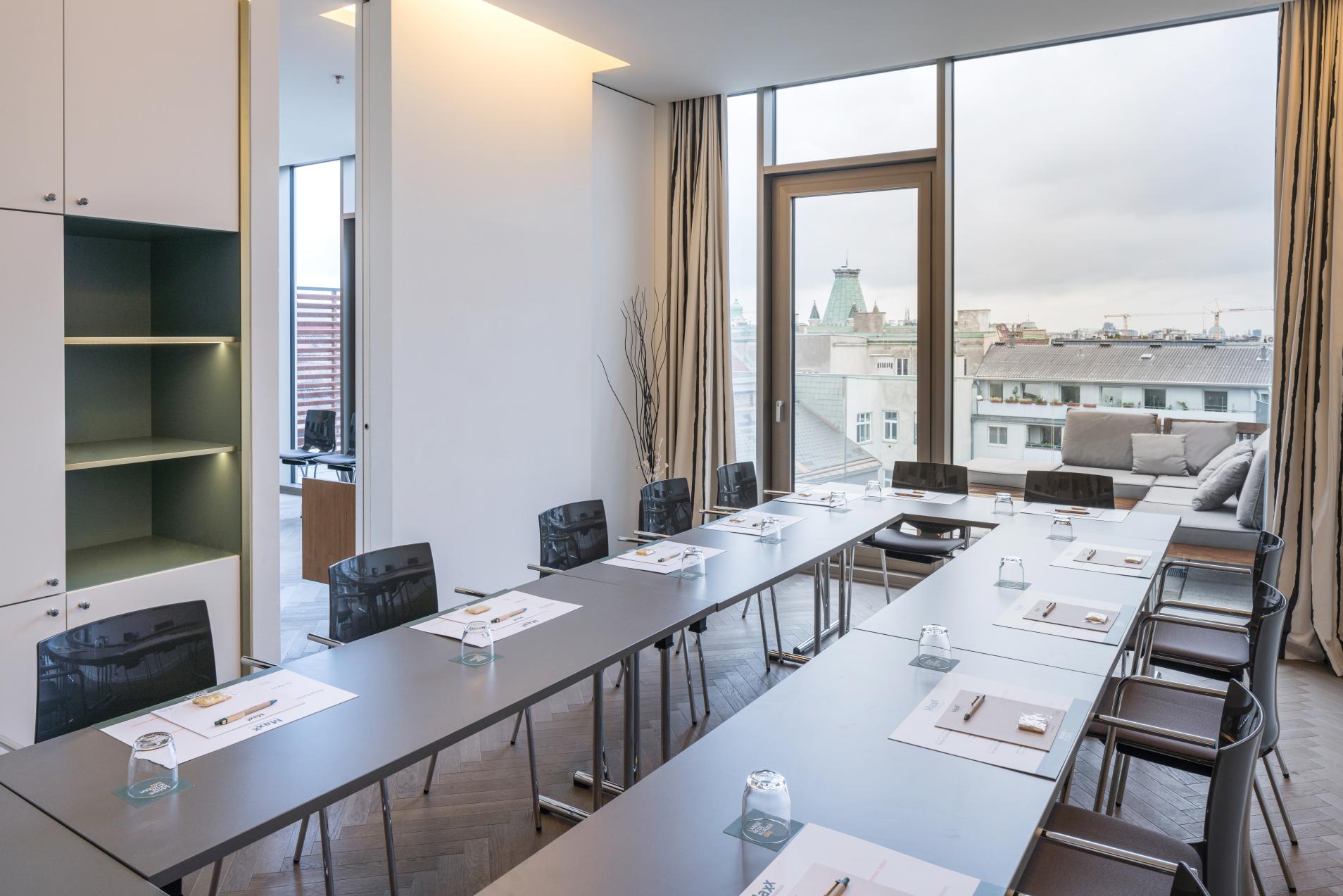 MAXX by Steigenberger Vienna-Boardroom